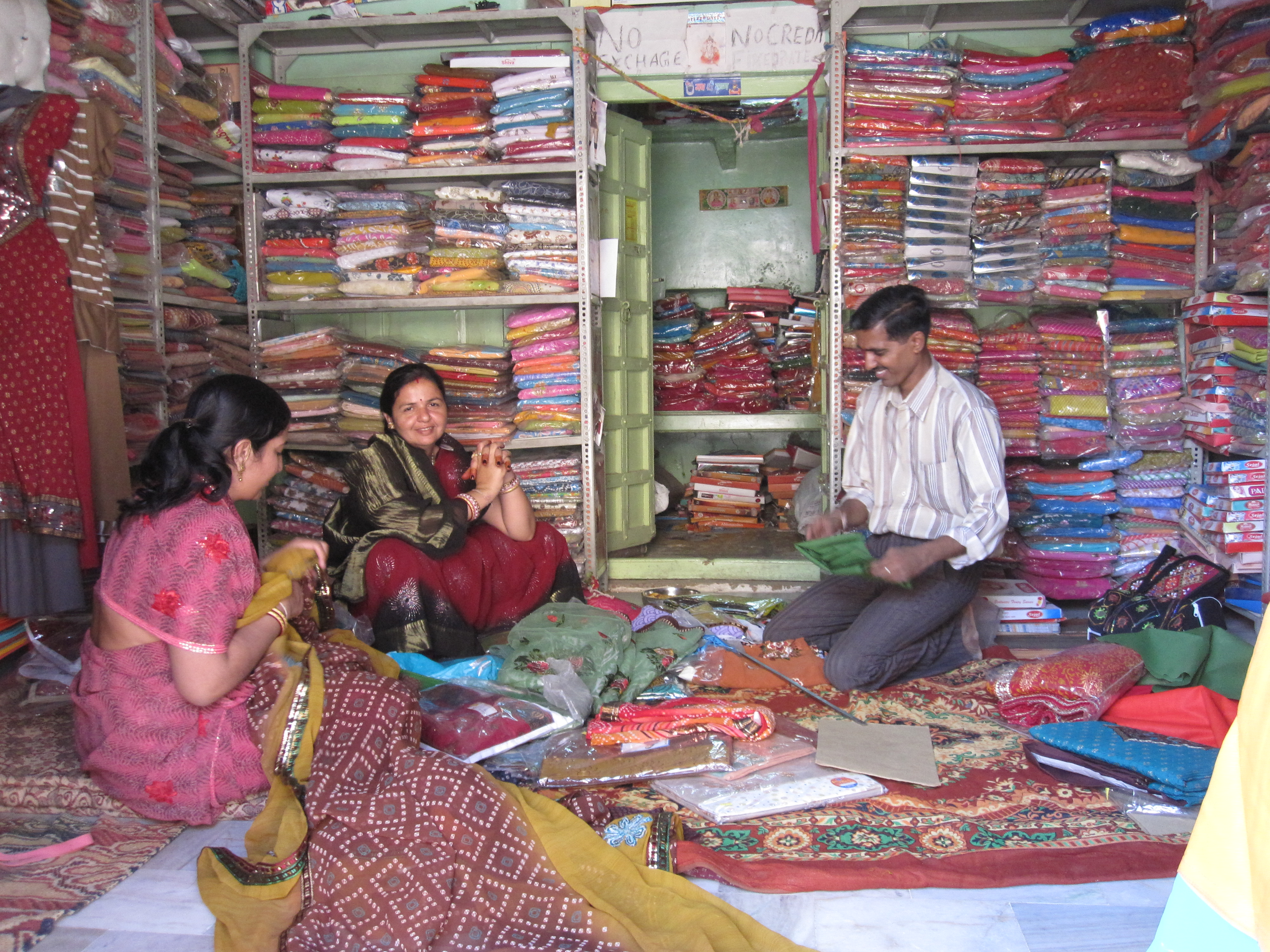 Sari Shopping