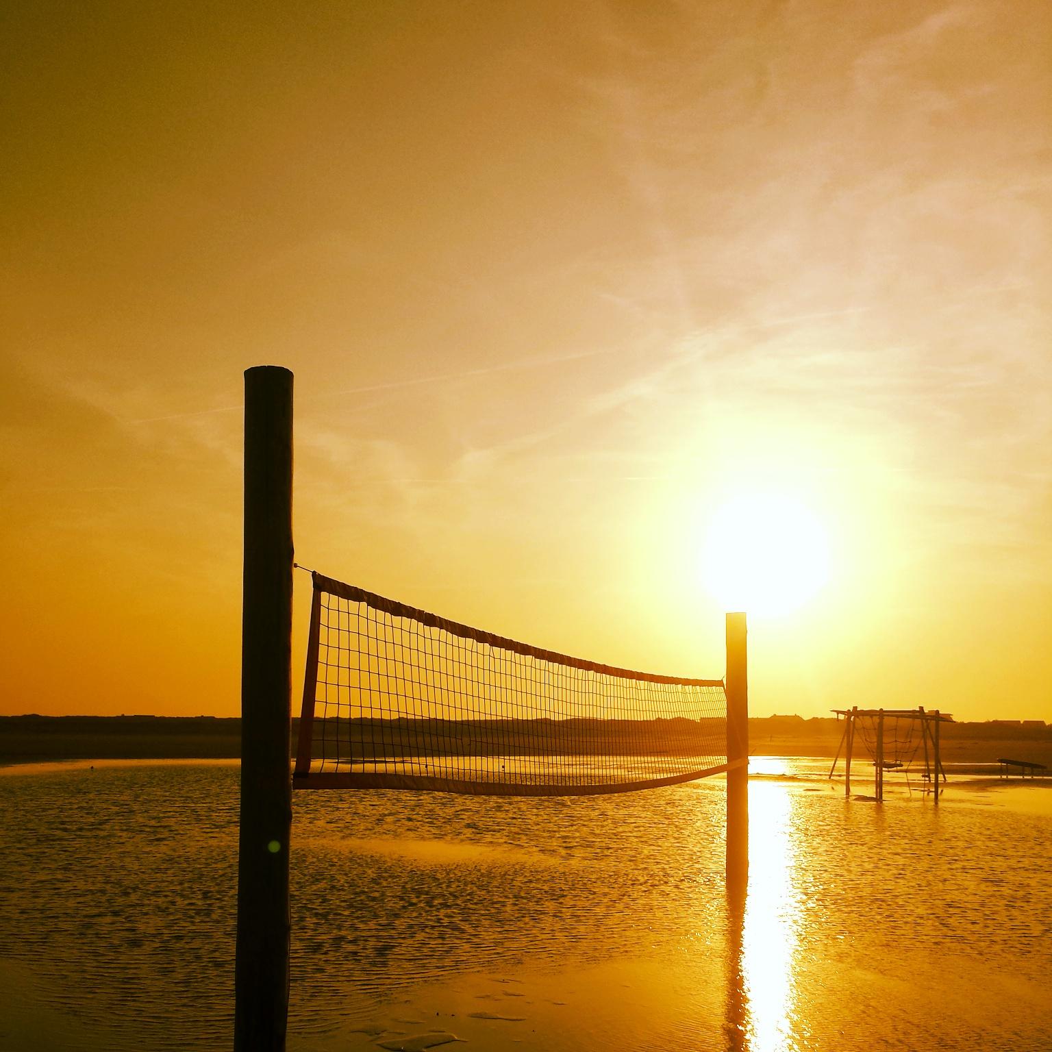 Sonnenaufgang, Volleyball